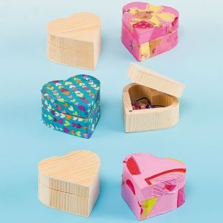 Cutiuta din lemn inimioara - Baker Ross