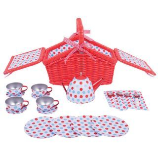 Setul meu de picnic cu buline