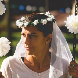 Coronita nunta cu flori albe si voal - Radar , 1 buc