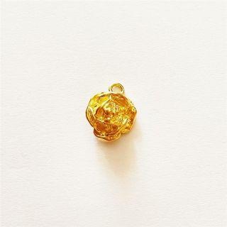 Martisor handmade placat cu aur 14K, trandafir, 1,5 cm